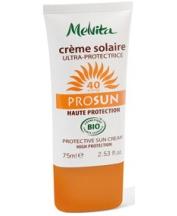 Cliquez sur la photo pour découvrir notre gamme de crèmes solaires